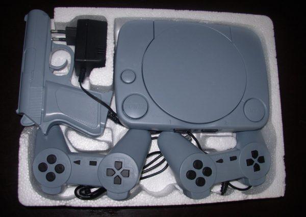 Consola Polystation (14 excelentes juegos incorporados)